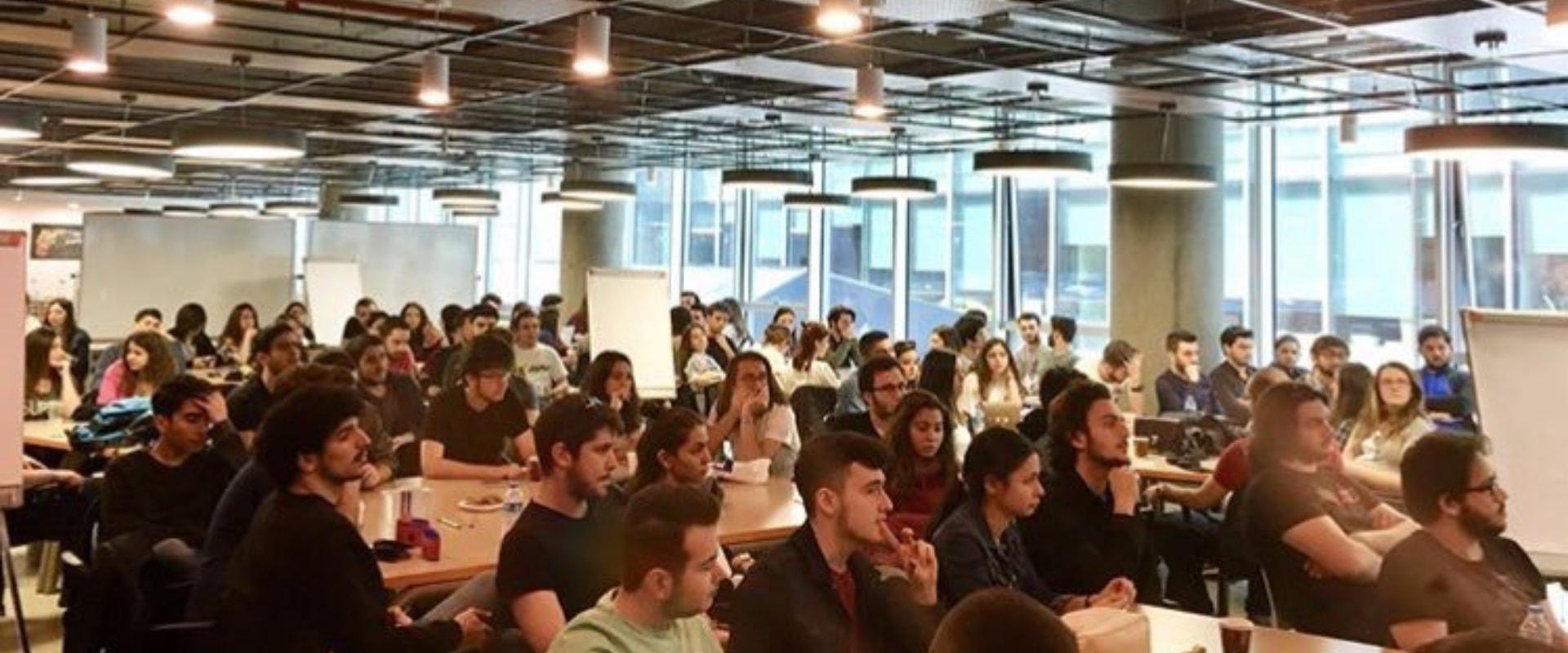 MEF Üniversitesi | Öğrenci Kulüp Yöneticileri Çalıştayı